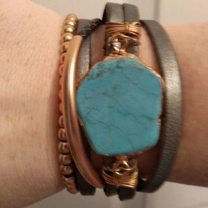 Jewelry - Handcrafted leather and Turquoise bracelet